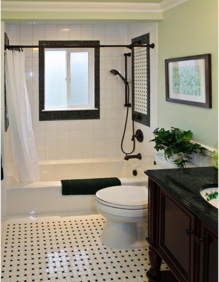 aménagement-petite-salle-de-bains-baignoire-rectangulaire