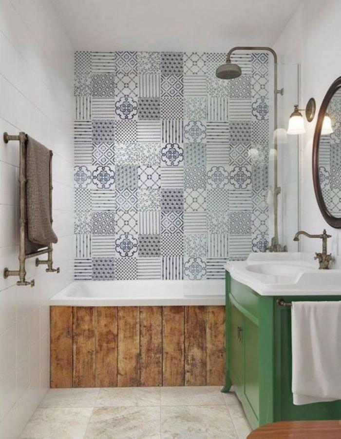 aménagement-petite-salle-de-bains-carreaux-de-ciment