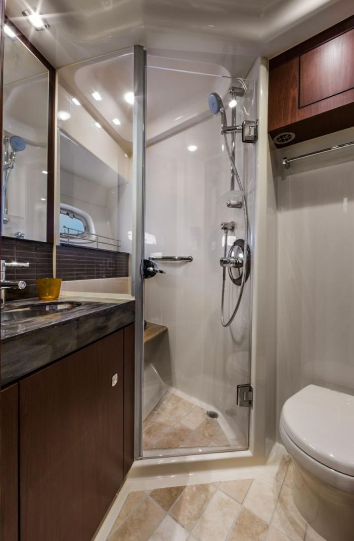 aménagement-petite-salle-de-bains-comment-disposer-la-douche-dans-la-salle-d'eau
