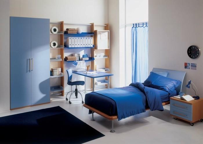 amenagement-chambre-ado-garçon-chic-meuble-en-bleu-tapis-bleu-foncé-chambre-ado-garçon