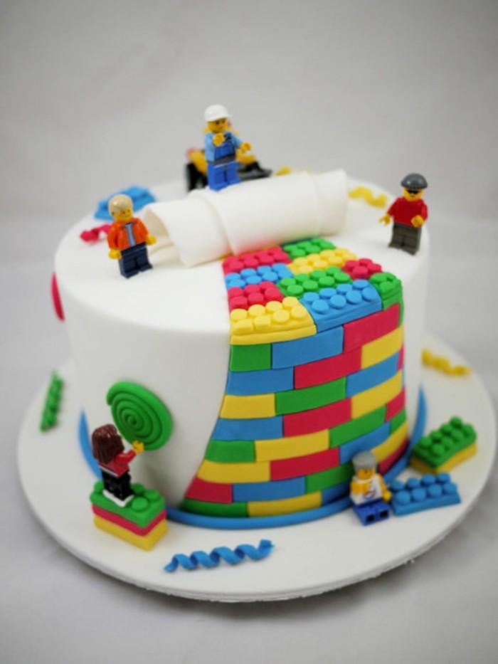 au-gâteau-anniversaire-enfant-lego-trop-cool-idée