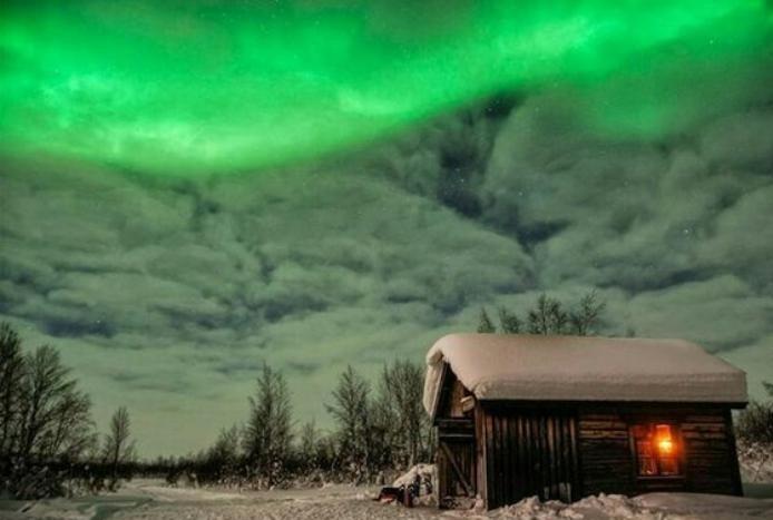 aurores-boréales-maison-de-rêves-Laplande