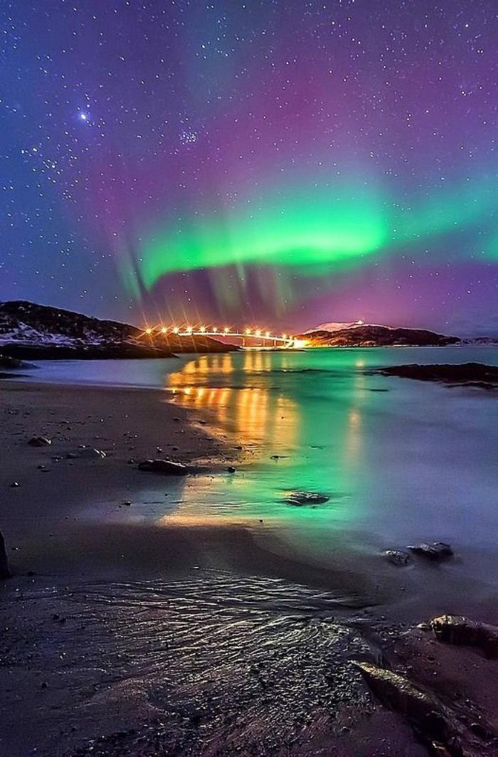 aurores-boréales-paysage-fantastique-plage