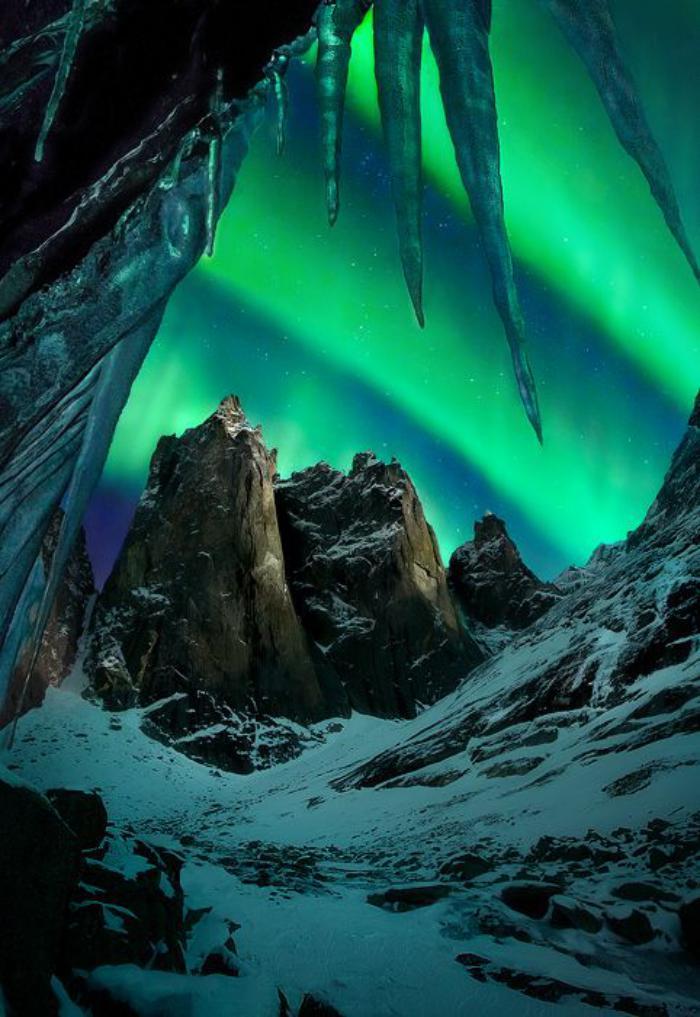aurores-boréales-phénomènes-naturels-fantastiques
