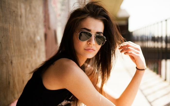 beauté-choisir-ses-lunettes-de-soleil-conseil-belle-femme-cool