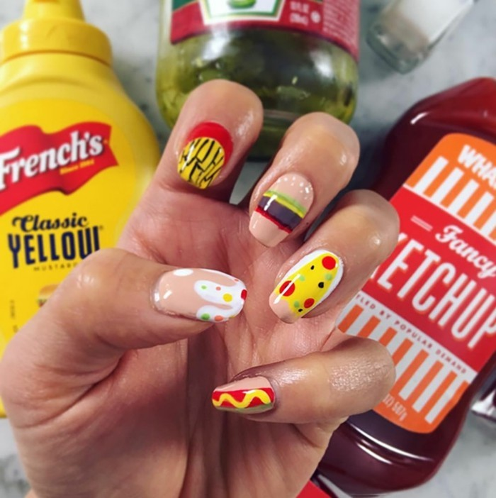 beauté-shay-mitchell-nails-admirable-faux-ongles-originaux-inspiration