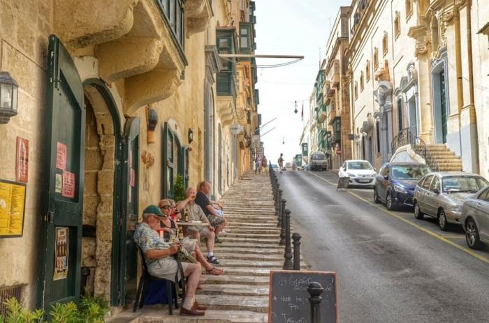 beaute-de-vos-adorables-vacances-beauté-de-la-Vallette-à-Malte-rue-droite
