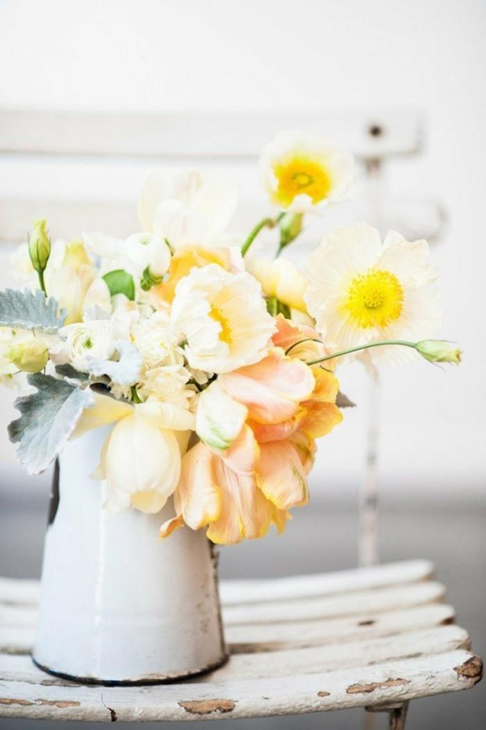 belle-composition-florale-simple-à-faire-jaune-beauté
