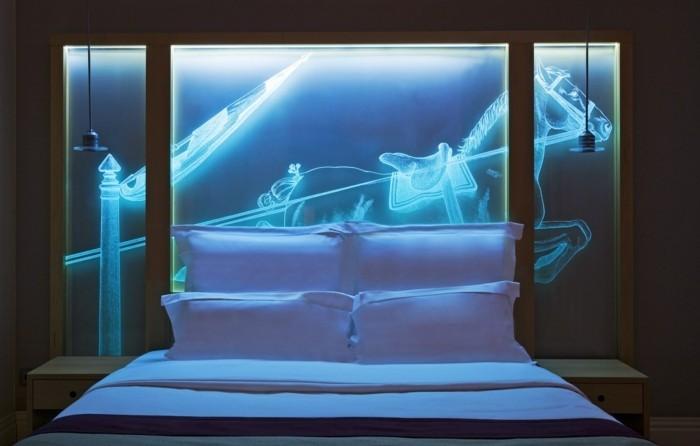 belle-conforama-tete-de-lit-idée-décoration-illuminé