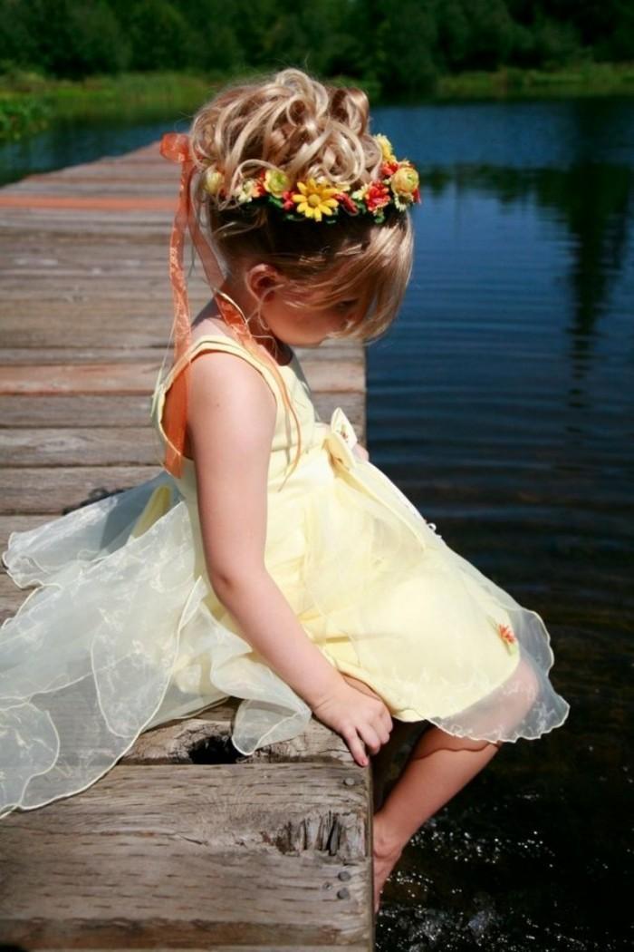 belle-fille-chouette-coiffure-de-mariage-pour-enfant