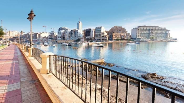 capitale-de-malte-photographie-professionnelle-rue-marine