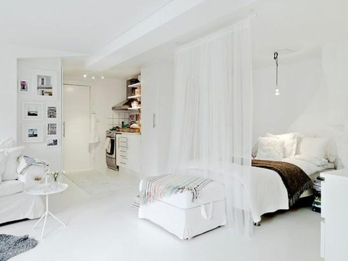 chambre-a-coucher-blanche-cloison-amovible-leroy-merlin-rideau-blanc-en-lin