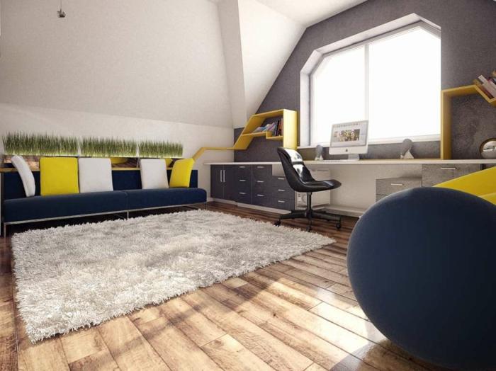 chambre-ado-graçon-sol-en-parquet-clair-tapis-beige-fourrure-canape-en-gris-foncé