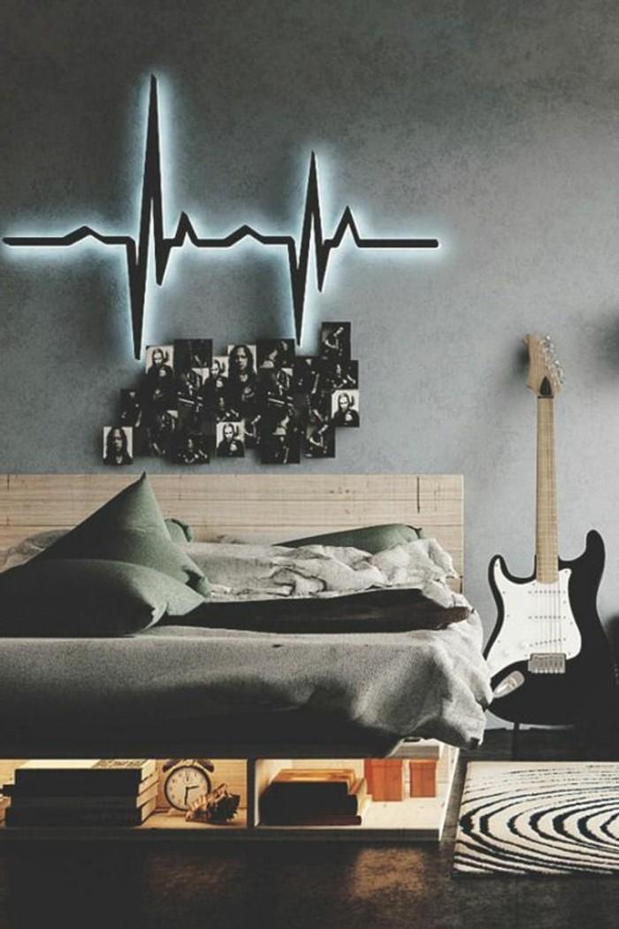 chambre-adulte-deco-murale-lumineuse-tapis-rond-beige-coussins-sur-le-lit