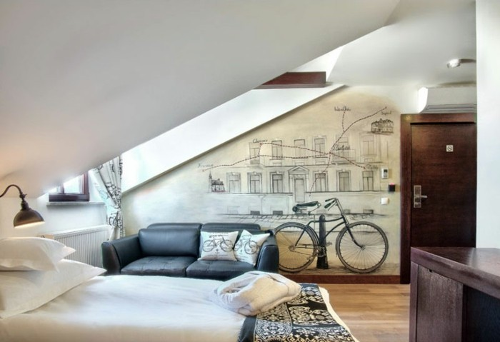 chambre-adulte-originale-aux-motifs-bicyclettes-resized