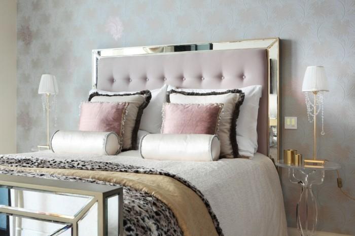 chambre-adulte-originale-chic-tres-style-et-romantique-resized