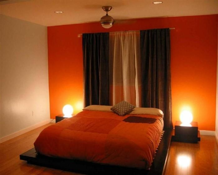 chambre-adulte-originale-couleurs-vives-lit-bas-resized