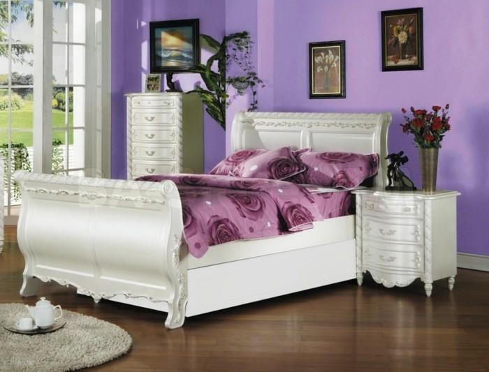 chambre-adulte-originale-lit-et-meubles-blancs-classiques-resized
