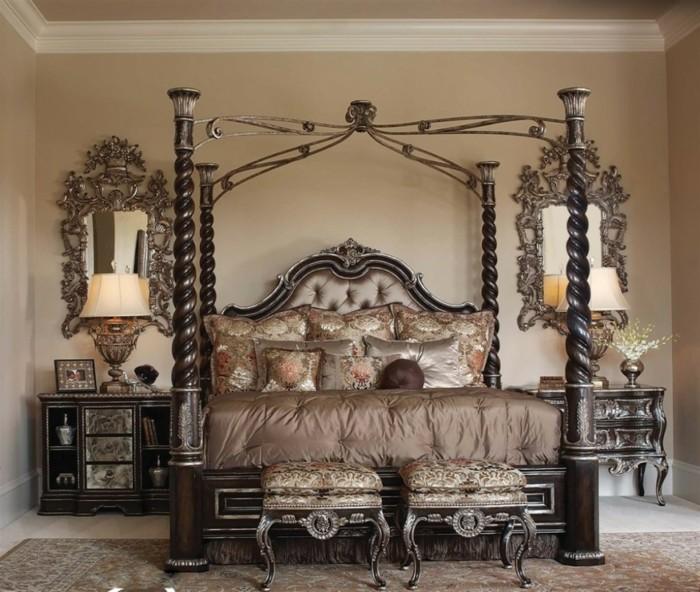 chambre-adulte-originale-style-vintage-aux-coussins-en-soie-ambiance-de-luxe-resized