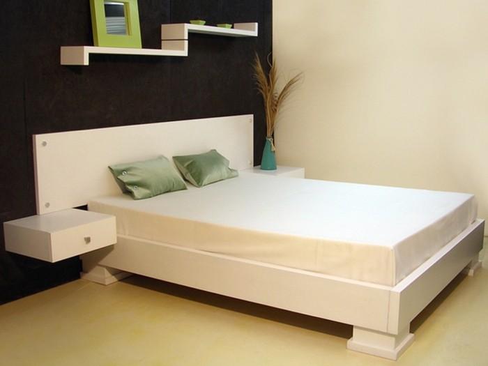 idee-chambre-zen-en-blanc-avec-des-coussinnets-reseda-resized