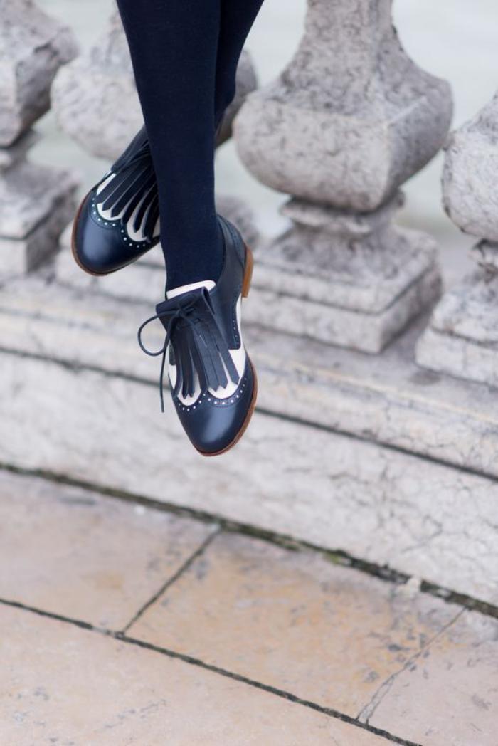 chaussures-à-franges-beaux-mocassins-bleus-avec-franges
