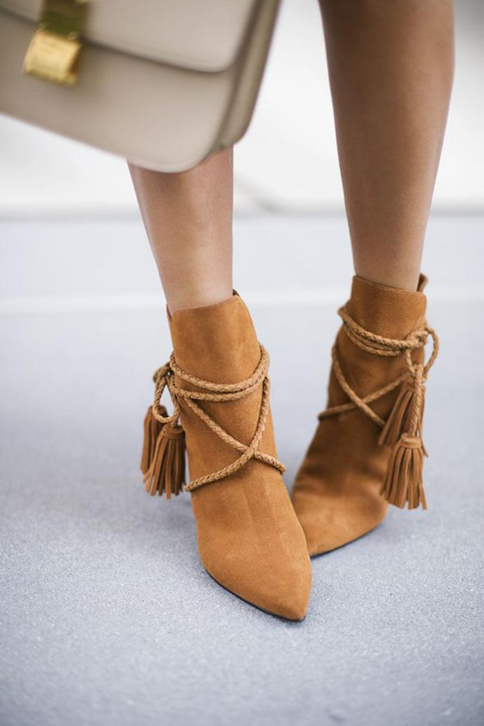 chaussures-à-franges-bottines-pointues-camel