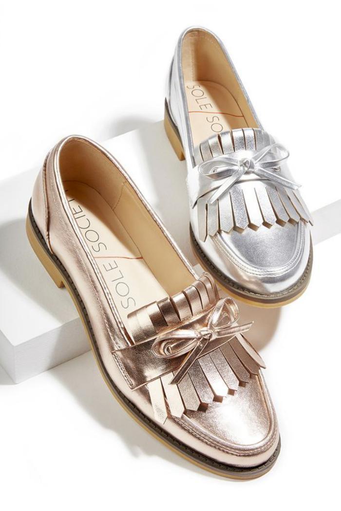 chaussures-à-franges-mocassins-effet-métal