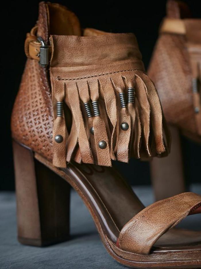 chaussures-à-franges-sandales-en-cuir-marron