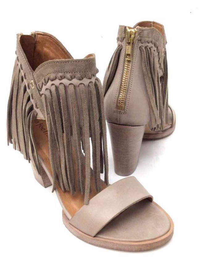 chaussures-à-franges-sandales-grises-talon