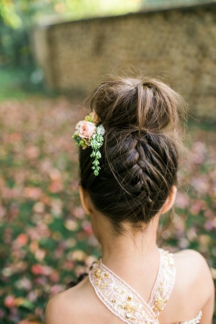 chouette-coiffure-de-mariage-pour-enfant-idée-coiffures