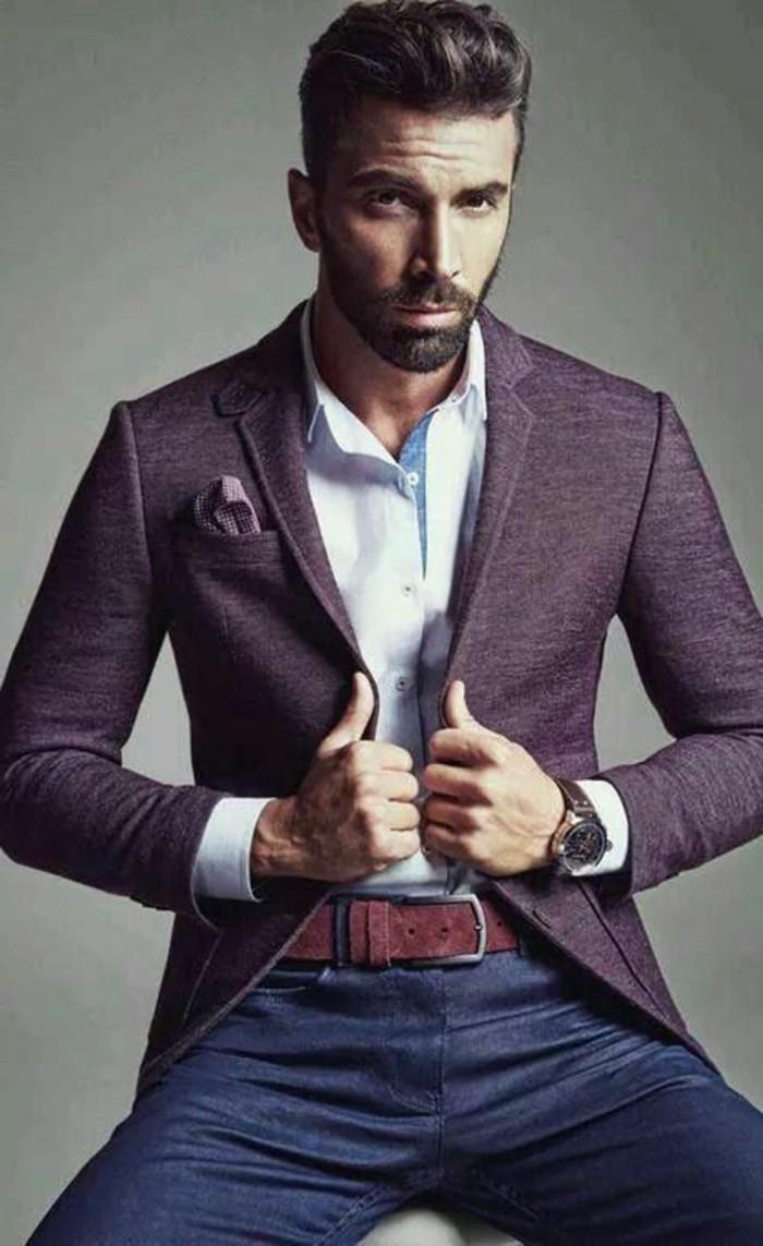 coiffure-homme-banane-coupe-de-cheveux-banane-rockabily-style-veste-violette-foncé