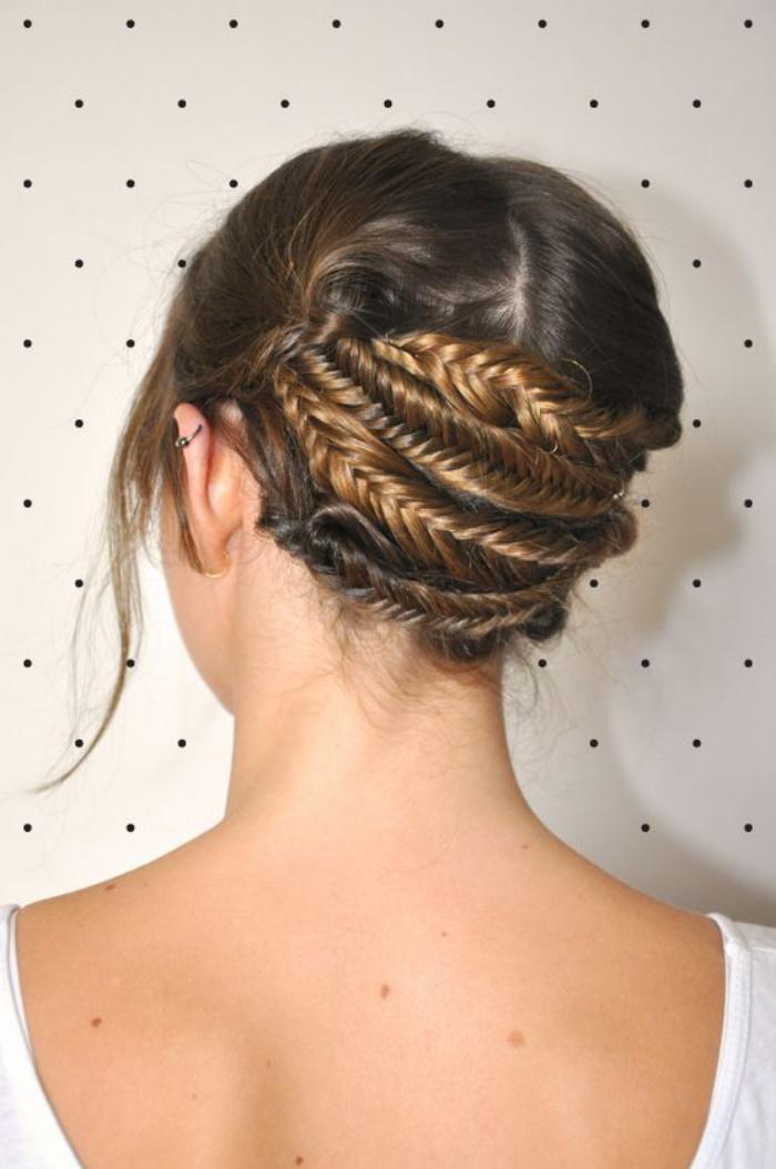 coiffure-originale-chignon-en-épis
