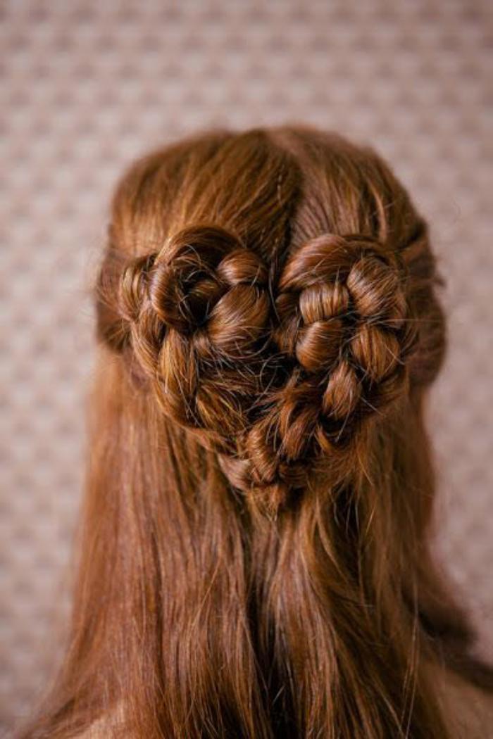 coiffure-originale-coeur-de-cheveux-en-tresses
