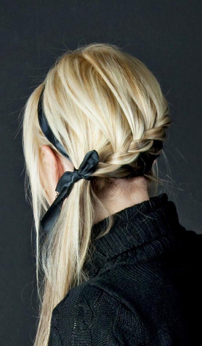 coiffure-originale-coiffure-avec-tresse-et-bandeau