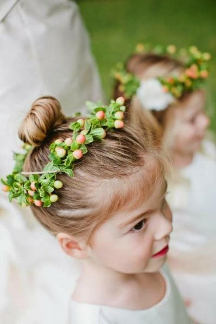 56 id es pour choisir et faire la plus jolie coiffure de mariage pour petite fille - Coupe de mariage pour petite fille ...