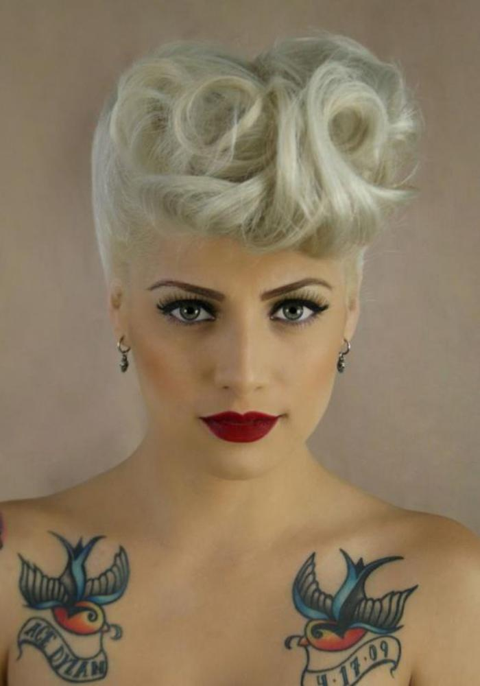 coiffure-pin-up-cheveux-blonds