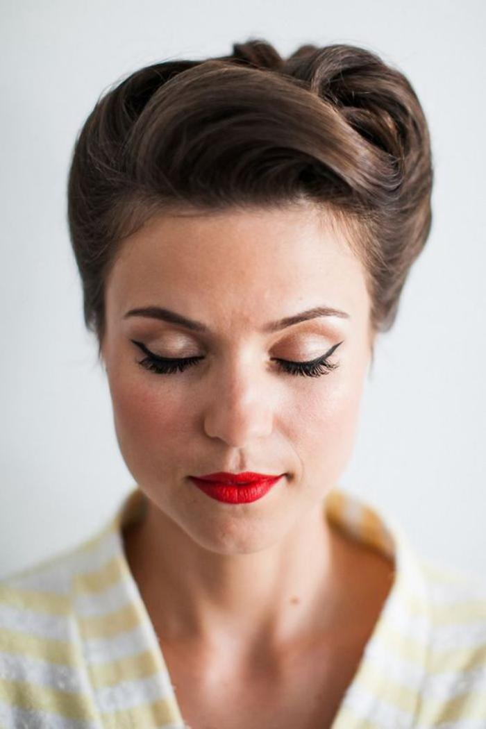 coiffure-pin-up-facile-coiffures-vintages-chic