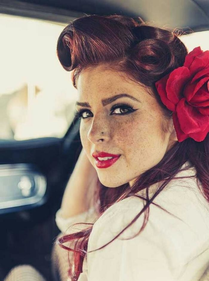 coiffure-pin-up-look-rockabilly