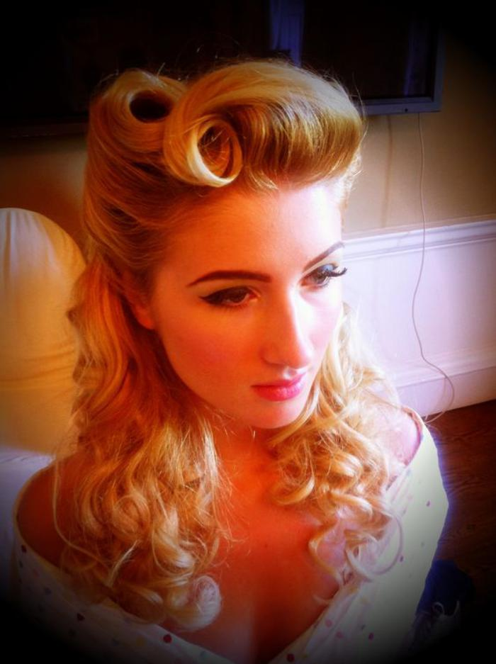 vintage pin up hair styles la coiffure pin up en plusieurs photos et vid 233 os archzine fr 5047