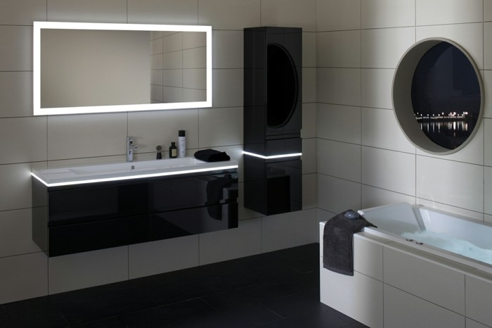 La colonne de salle de bain nos propositions en 58 photos for Miroir led ikea