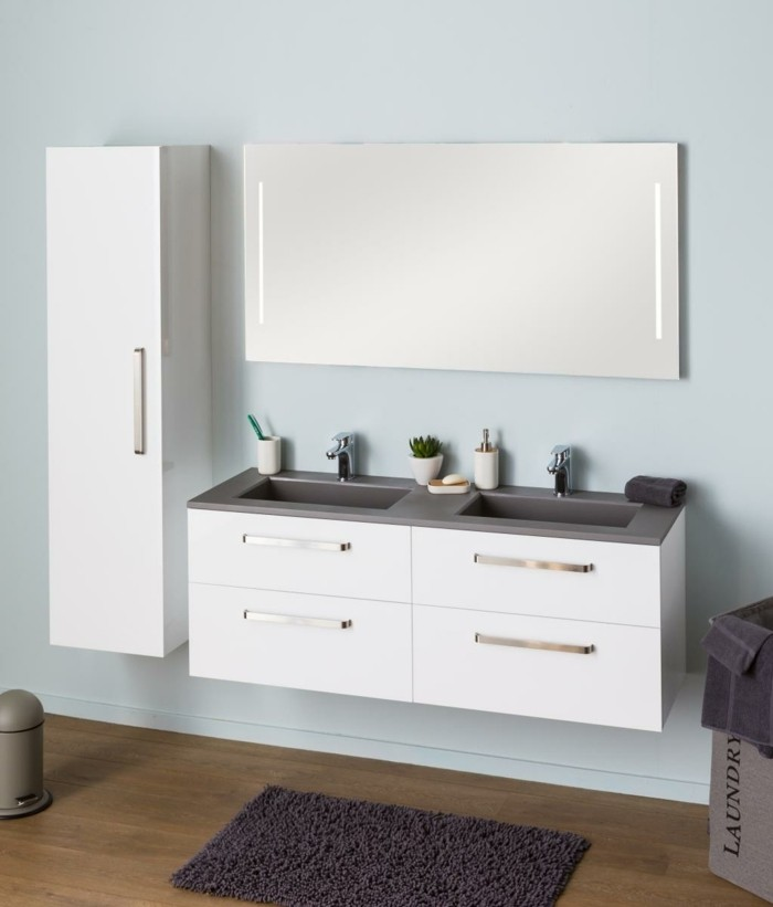 colonne-salle-de-bain-ikea-parquet-en-bois-foncé-meuble-mural-en-bois-miroir-mural