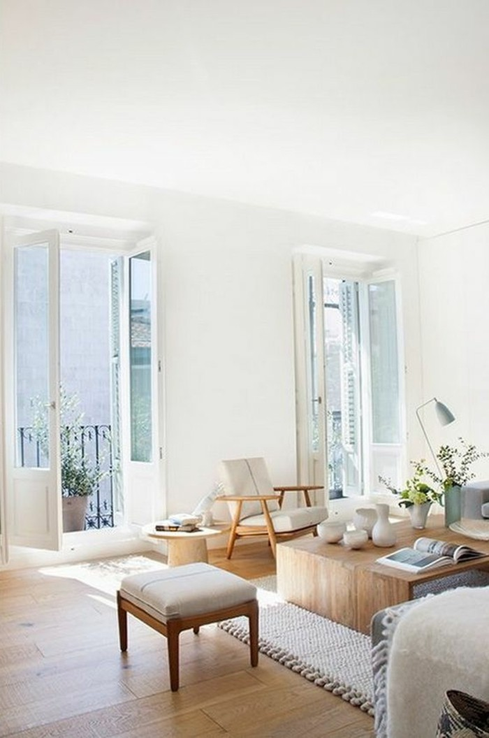 comment-amenager-son-appartement-salon-couleur-lin-chaises-beiges-tapis-beige