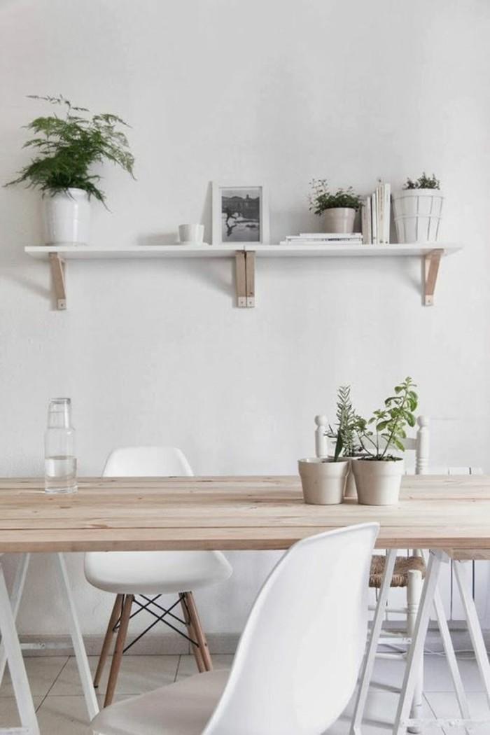 comment-decorer-la-salle-à-manger-meubles-blanches-table-en-bois-clair-murs-blancs