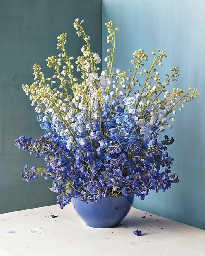 composition-florale-deco-centre-de-table-violettes