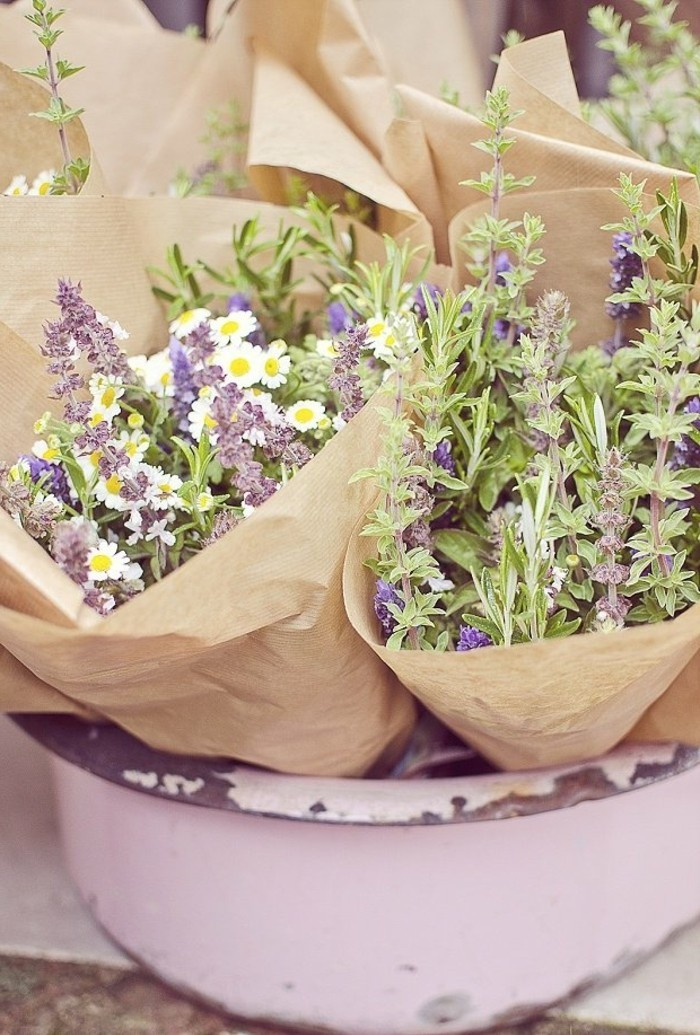 composition-florale-moderne-composition-fleurs-bouquet