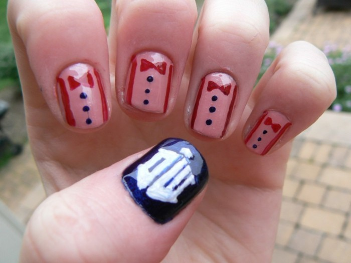 cool-decoration-ongle-original-ongles-originaux-doctor-who