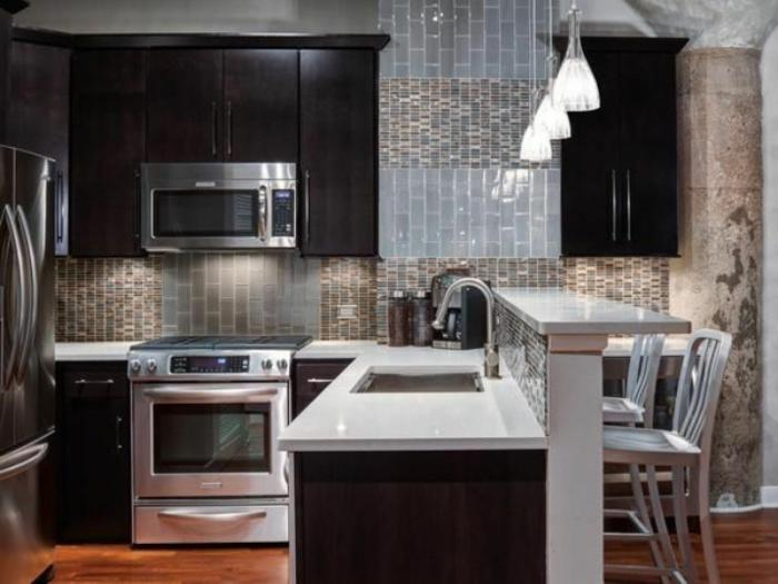 cuisine-avec-bar-aménagement-cuisine-moderne