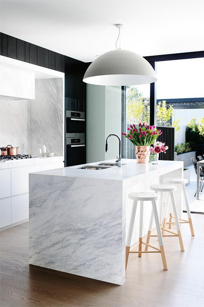 cuisine-avec-bar-jolie-cuisine-scandinave