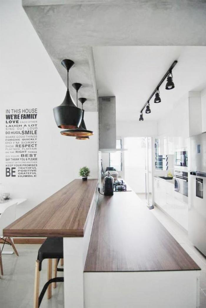 cuisine-avec-bar-longue-cuisine-blanche-bar-en-bois