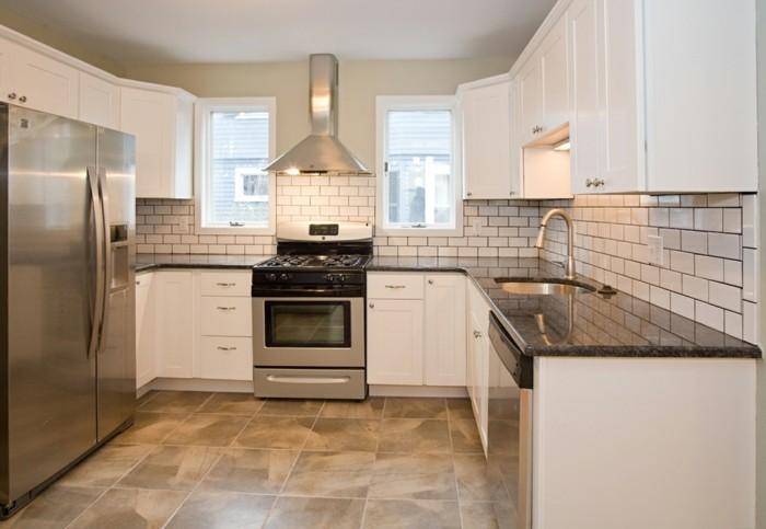 cuisine blanche et inox id es et astuces en 90 photos. Black Bedroom Furniture Sets. Home Design Ideas